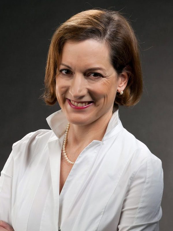 Anne-Applebaum-szines